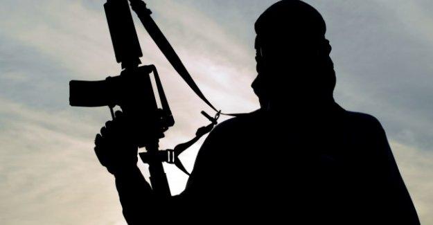 Sığınmacı gibi görünen 2 terörist Avrupa'ya sızdı