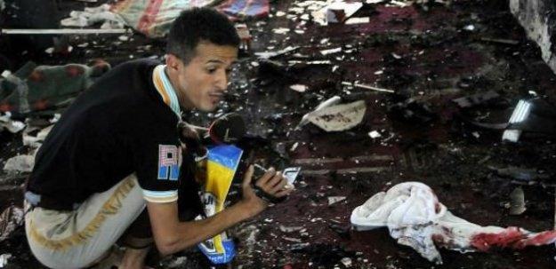 Yemen'de camide intihar saldırısı: 29 ölü