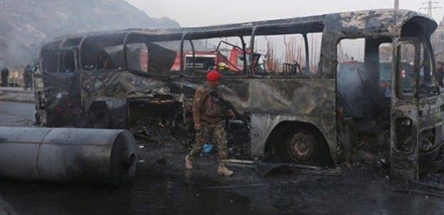 Halk otobüsünde bomba patladı: 11 ölü