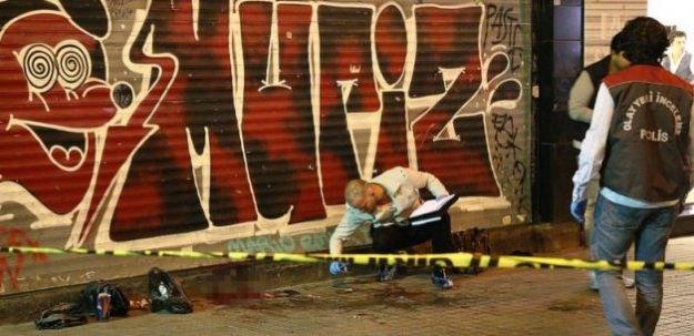 İki genç tek kurşunla intihar etti