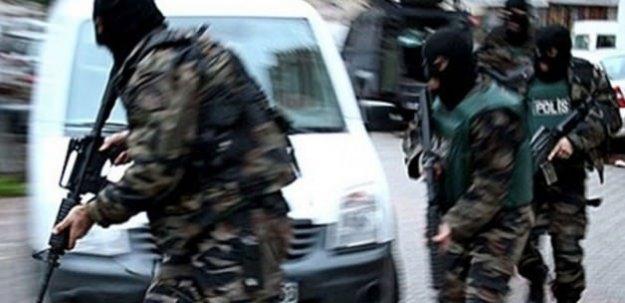İzmir'de terör örgütü operasyonu: 10 gözaltı