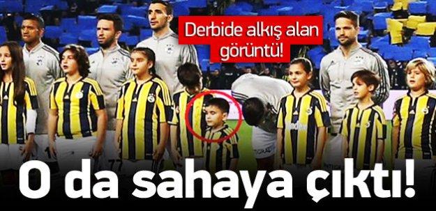 Kayserili minik Fenerbahçeli Kadıköy'de