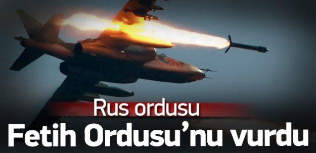 Rus uçakları Fetih Ordusu'nu vurdu