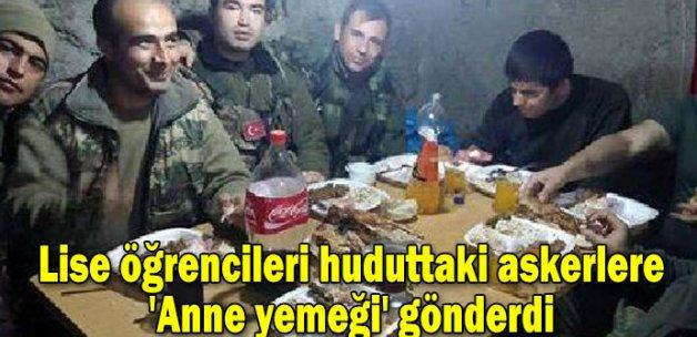 Lise öğrencileri huduttaki askerlere 'Anne yemeği' gönderdi
