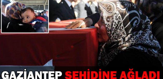 Silopi şehidi polis Hasan Aslan toprağa verildi