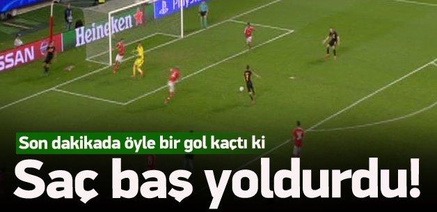 Son dakikada öyle bir gol kaçtı ki...