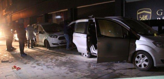 Adana'da 8 araç birden kundaklandı