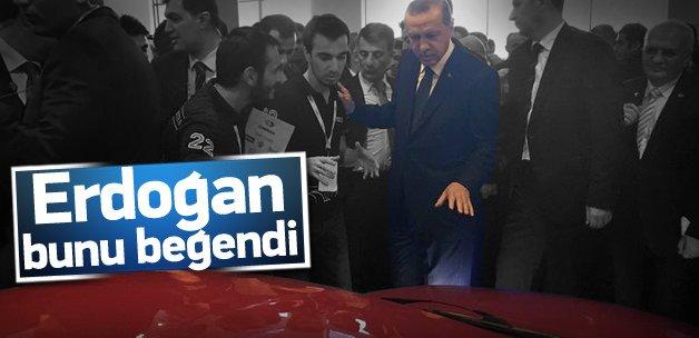 Cumhurbaşkanı Erdoğan elektrikli aracı beğendi