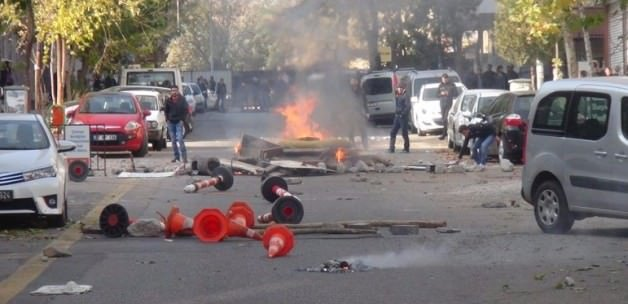 Diyarbakır'da olaylar çıktı: 2 ölü!