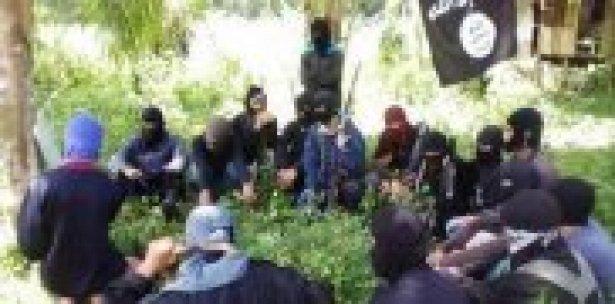 Filipinler'de IŞİD operasyonu: 26 ölü