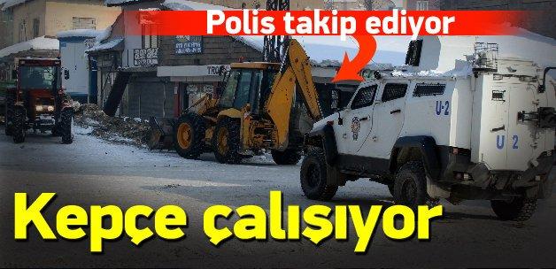 HDP'li belediyenin iş makinesi böyle çalışıyor