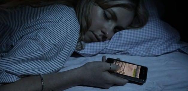 O hastalığın sebebi bulundu! Sakın böyle uyumayın