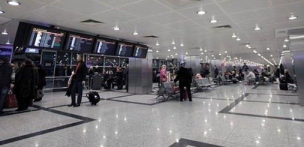 Atatürk Havalimanı'nda hatlar yine karıştı