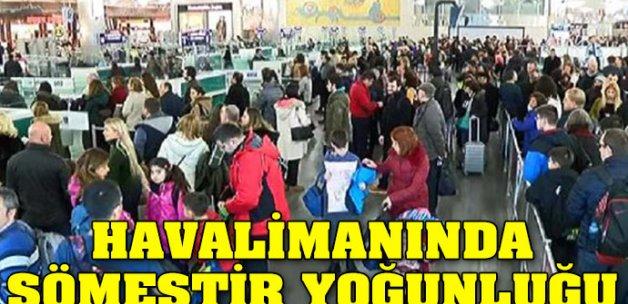 Atatürk Havalimanı'nda sömestir yoğunluğu