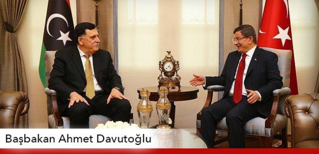 Başbakan Davutoğlu, Fayez Al-Sarraj ile görüştü