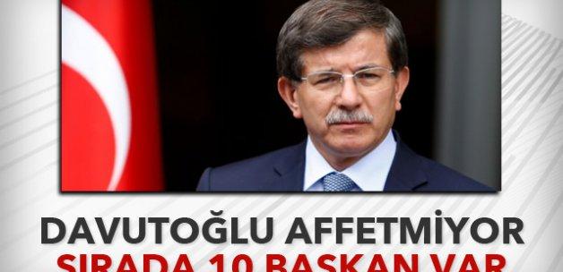Davutoğlu belediye başkanlarını uyardı!
