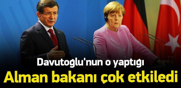 Davutoğlu'nun yaptığı Alman Bakanı çok etkiledi
