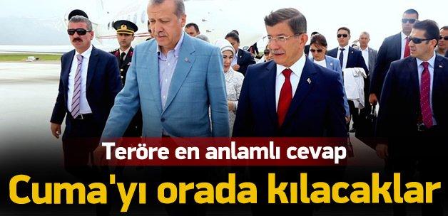 Erdoğan, Davutoğlu ve Görmez Sultanahmet'te