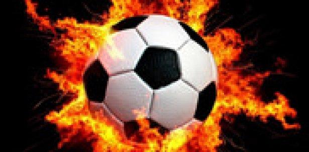 Futbolcuları taşıyan otobüs devrildi: 20 ölü!