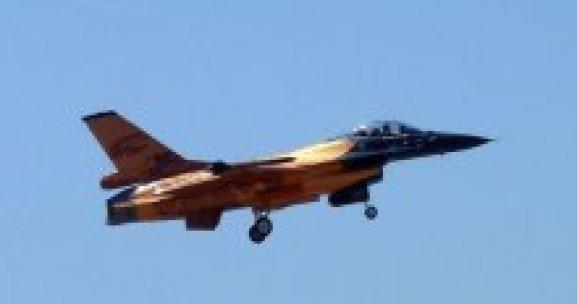 Hollanda da Suriye'de DAEŞ'i vuracak