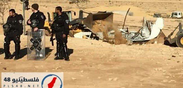 İşgalci İsrail güçleri cami yıktı