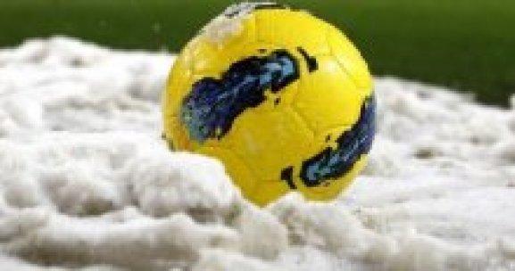 İstanbul'da amatör maçlara kar engeli