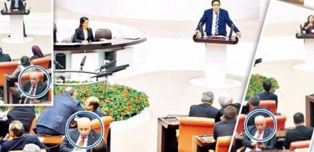 Meclis'te sessiz protesto