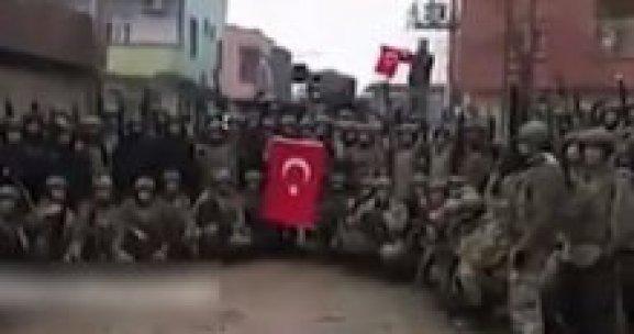 Özel Harekat komando marşıyla Silopi'yi inletti