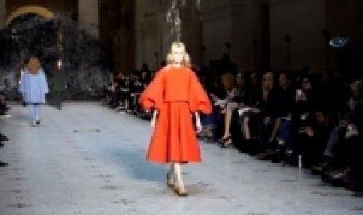 Paris'te Türk modacıların kreasyonu sergilendi