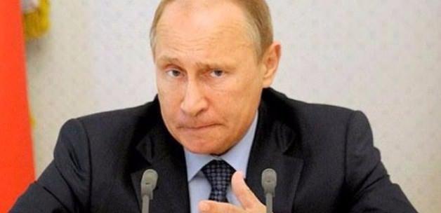 Petrol Rusya'yı vurdu: Bütçeyi değiştiriyorlar!