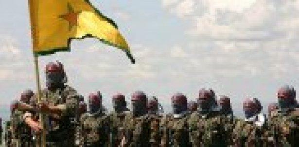 PYD muhaliflerin elindeki köylere saldırdı