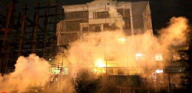 Suudi Arabistan Konsolosluğu ateşe verildi