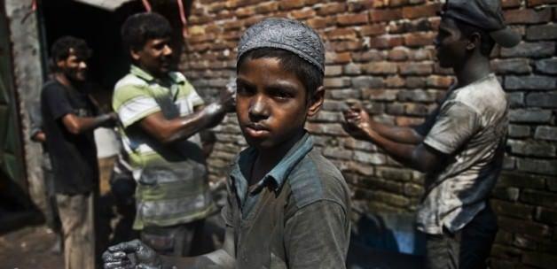 'Teknoloji devleri çocuk işçiliğine göz yumuyor'