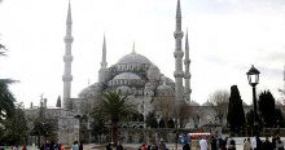 Terör saldırısı sonrası Sultanahmet'te ilk cuma
