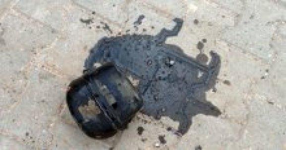 Teröristlerin bombası ellerinde patladı, 3 yaralı