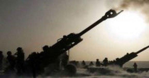 Türkiye 130 top atışıyla teröristleri öldürdü