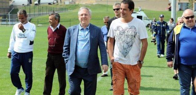Acun Ilıcalı, Fenerbahçe'ye ortak oldu!