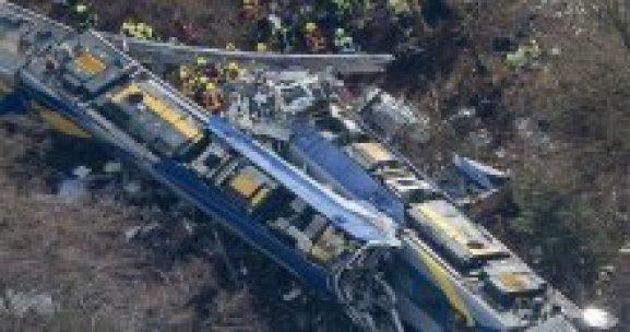 Almanyada tren kazasında ölü sayısı 11 oldu