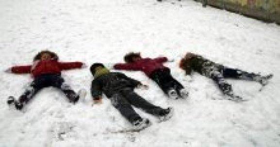 Bayburt'ta yarın okullar tatil