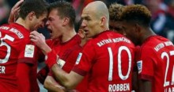 Bayern Münih, 3 puanı 3 golle aldı