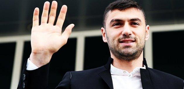 Burak Yılmaz İstanbul'a döndü