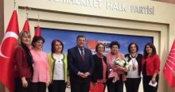 CHP Kadın Kolları'nda görevi Fatma Köse devraldı