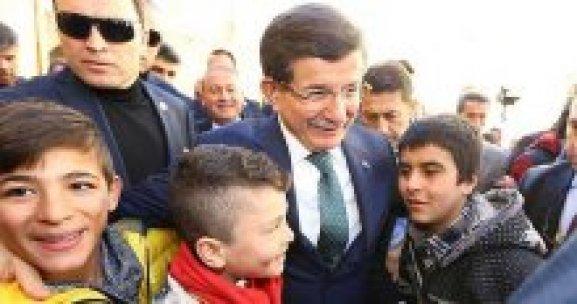 Davutoğlu'ndan Mardin'e Twitter'dan teşekkür etti