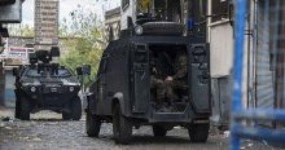 Diyarbakır Sur'da çatışmalar şiddetlendi