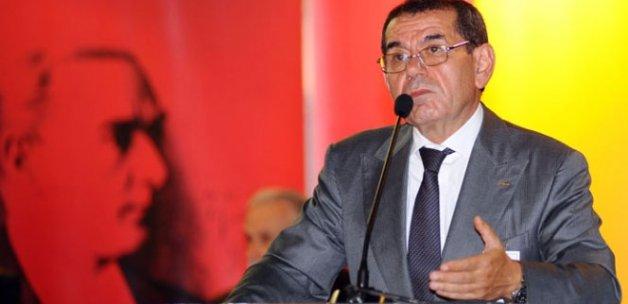 Galatasaray'da kritik toplantı: Eski yöneticileri kulübe çağırdı