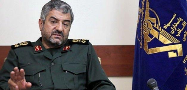 İran: Suriye'ye girecek ne gücü var ne cesareti