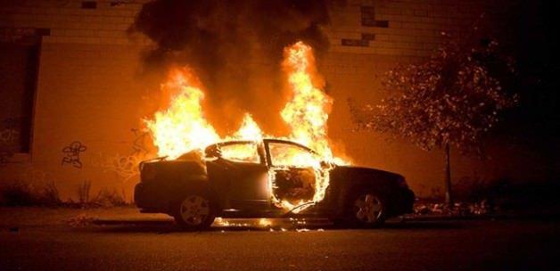 İstanbul'da 7 araç daha kundaklandı