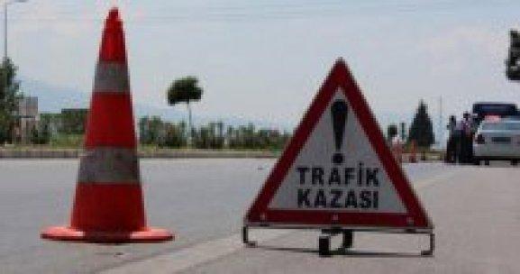İzmir'de trafik kazası, 1 ölü, 1 yaralı