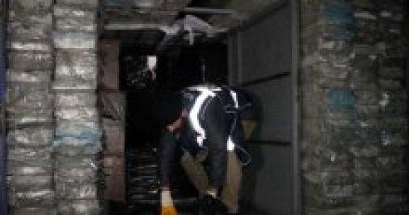 Konya'da 161 bin paket kaçak sigara ele gerildi
