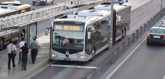 Metrobüste yeni uygulama başladı